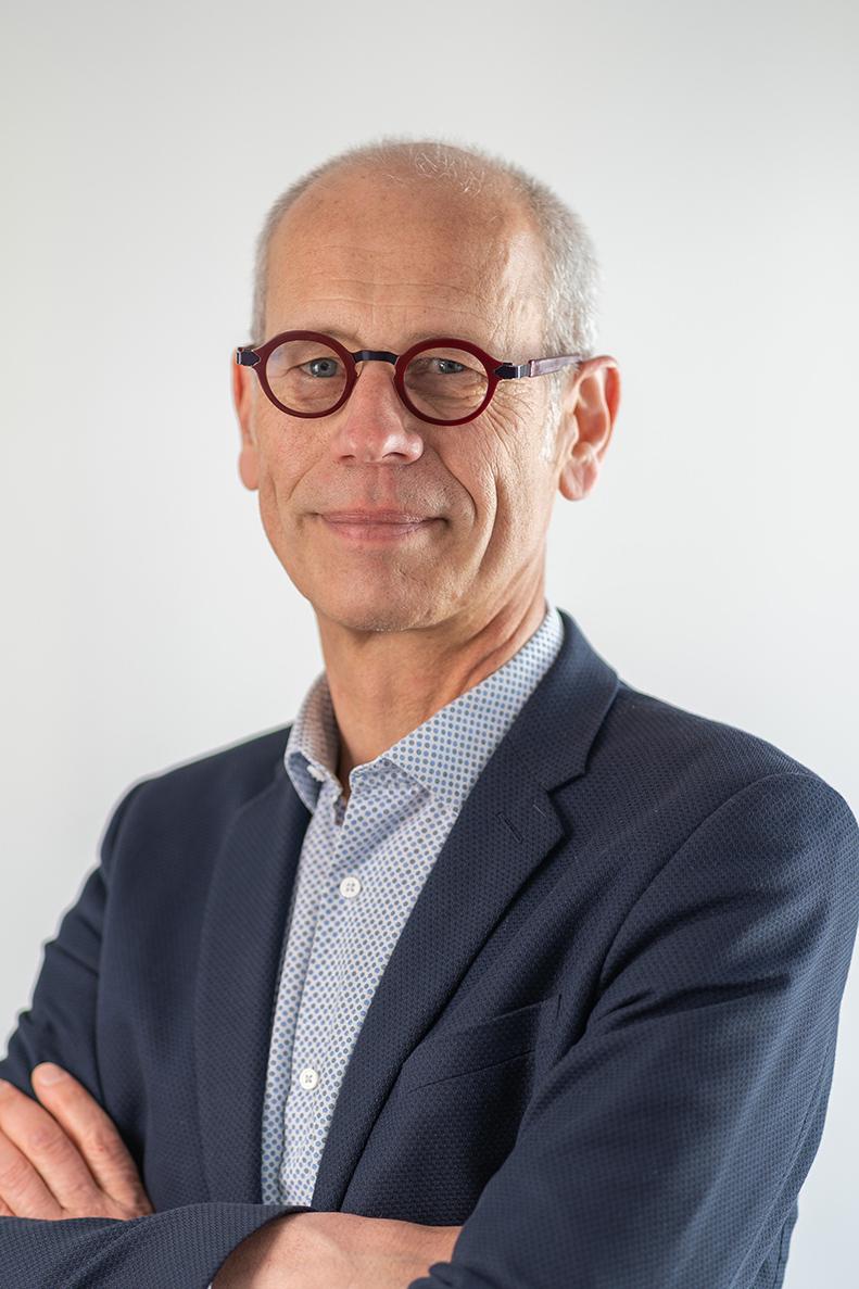 Dr Dominique Dépinoy